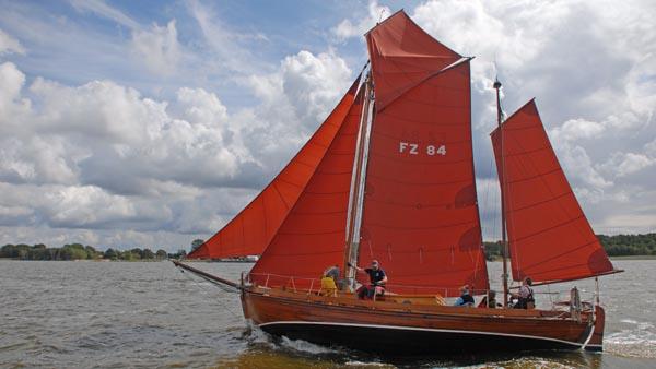 FZ84 Paula, Volker Gries, Zeesboot Regatta Bodstedt 2017 , 09/2017