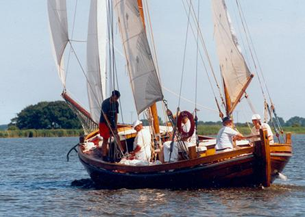 FZ32 Grete, Volker Gries, Barther Zeesbootregatta , 07/2001