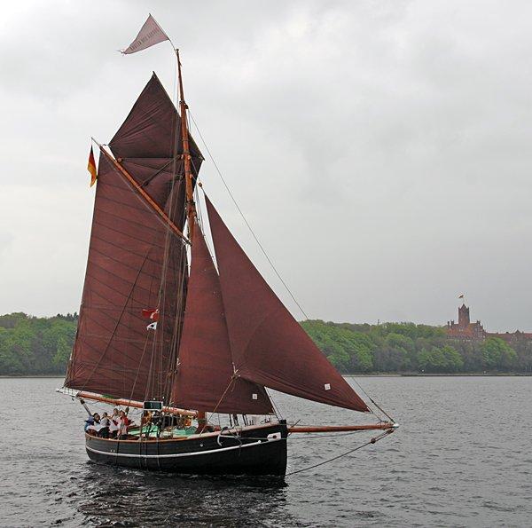 Aurora von Altona, Volker Gries, Rum-Regatta 2013 , 05/2013