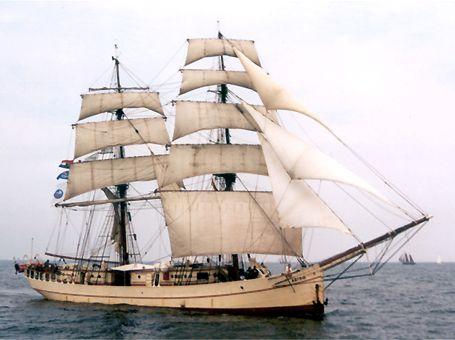 Astrid, Volker Gries, Hanse Sail Rostock 2002 , 08/2002