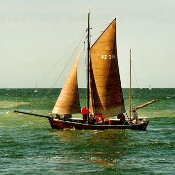 FZ38 Inge, Volker Gries, Hanse Sail Rostock 1998 , 08/1998