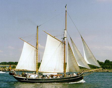 Ryvar, Volker Gries, Hanse Sail Rostock 2000 , 08/2000