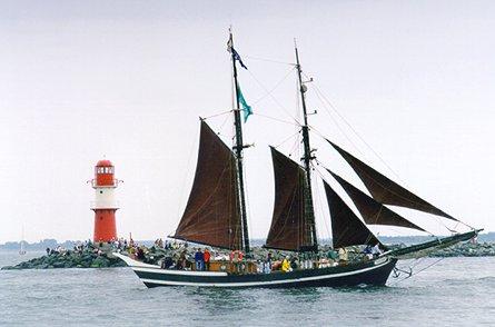 Ernestine, Volker Gries, Hanse Sail Rostock 1999 , 08/1999