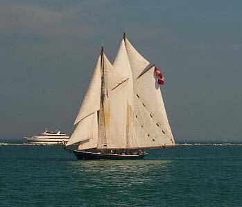 Highlander Sea, Steve Tompkins, Chicago , 08/2000