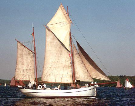 Bellis, Volker Gries, Rum-Regatta 2002 , 05/2002