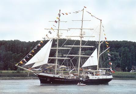 Tenacious, Werner Jurkowski, Sail Antwerpen 2001 / Cutty Sark 2001 , 07/2001