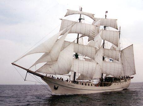 Artemis, Volker Gries, Hanse Sail Rostock 2002 , 08/2002