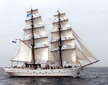 Aphrodite, Volker Gries, Hanse Sail Rostock 2002 , 08/2002