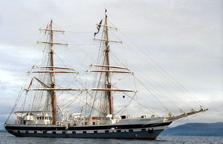 Rah Naward, Daniel Baxter, STA voyage Greenock-Dundee , 07/2002