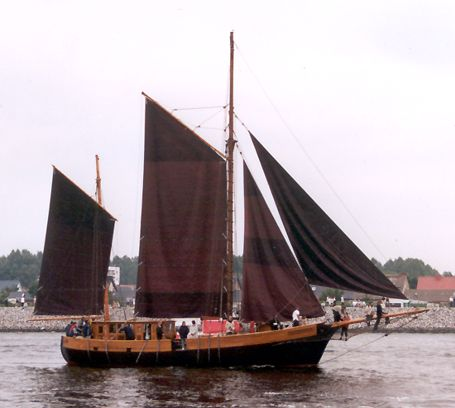 Victoria, Volker Gries, Hanse Sail Rostock 2002 , 08/2002
