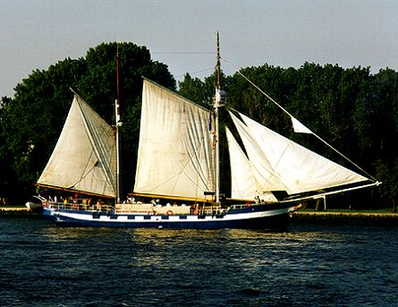 Baltic Beauty, Volker Gries, Hanse Sail Rostock 1997 , 08/1997