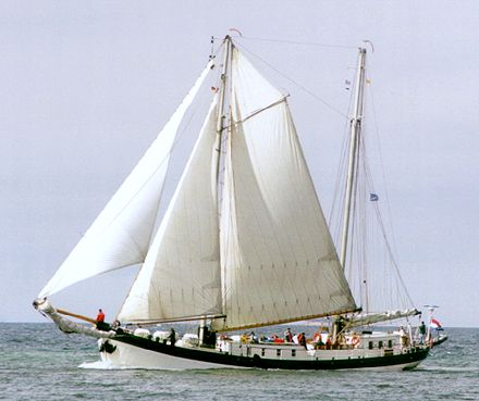 Elegant, Volker Gries, Hanse Sail Rostock 2000 , 08/2000