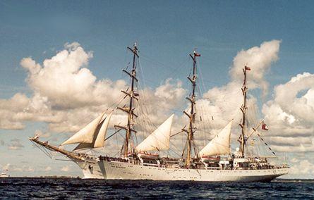 Dar Mlodziezy, Werner Jurkowski, Sail Esbjerg / Cutty Sark 2001 , 08/2001